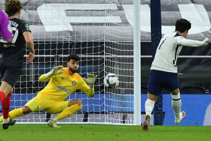 Piala Liga Inggris: Lumat Brentfort 2-0, Spurs ke Final