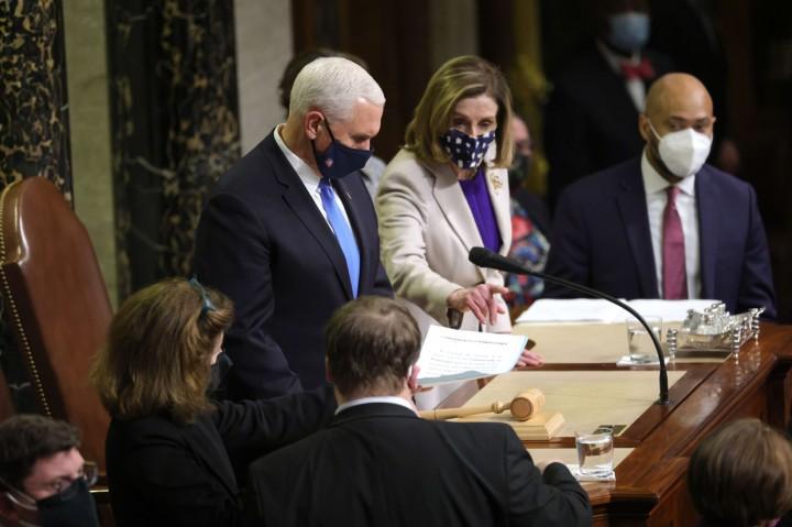 Usai Rusuh di Gedung Capitol, Kongres AS Resmi Sahkan Kemenangan