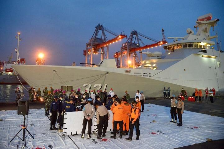 Terkumpul 45 Kantong Jenazah Korban Sriwijaya Air hingga Malam
