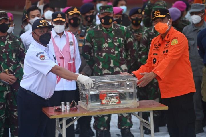Basarnas Serahkan FDR Black Box Sriwijaya Air ke KNKT
