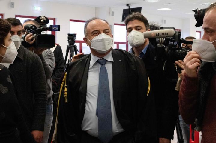 350 Mafia dan Koruptor Jalani Sidang Akbar di Italia