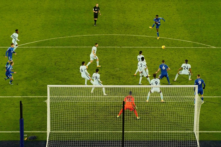 Leicester vs Chelsea: Tekuk The Blues 2-0, The Foxes Puncaki
