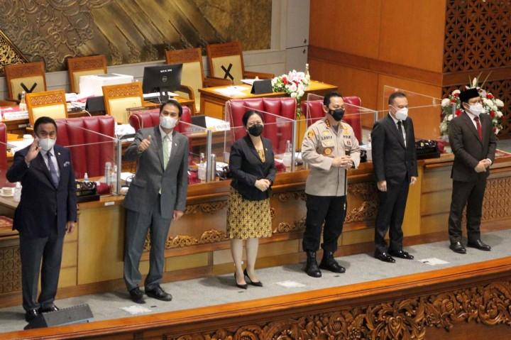 Paripurna DPR Setujui Penetapan Listyo Sigit Jadi Kapolri