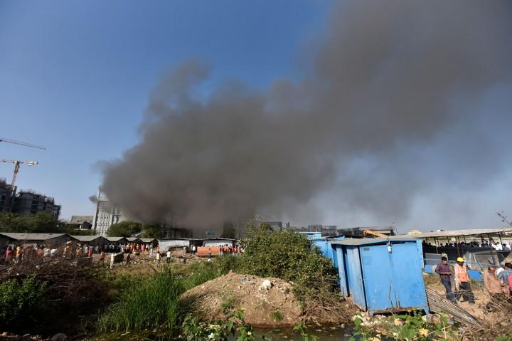 Kebakaran Landa Pusat Pembuat Vaksin Terbesar Dunia di India
