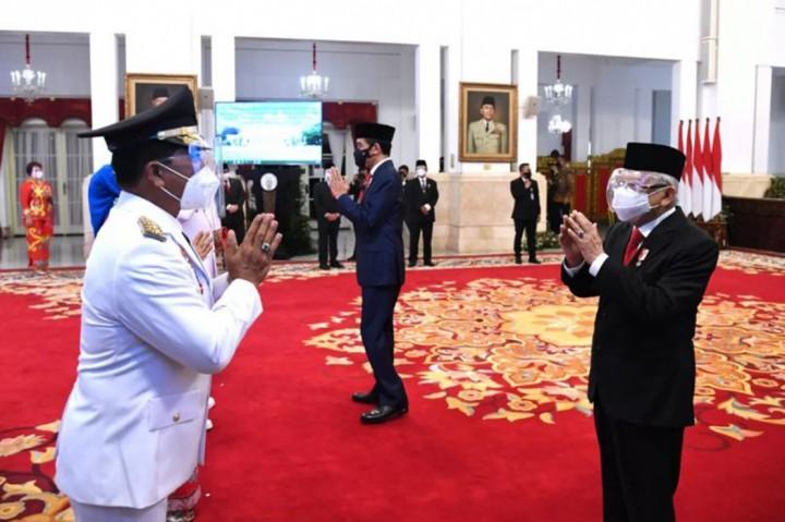 3 Foto Terpopuler: Jokowi Lantik Gubernur Sulut dan Kaltara