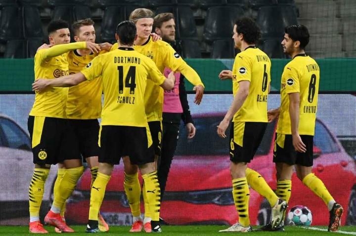 Tekuk Gladbach, Dortmund ke Semifinal DFB Pokal