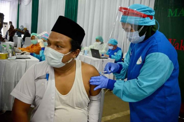 Mantab! 250 Pengurus MUI Pusat Jalani Vaksinasi Covid-19