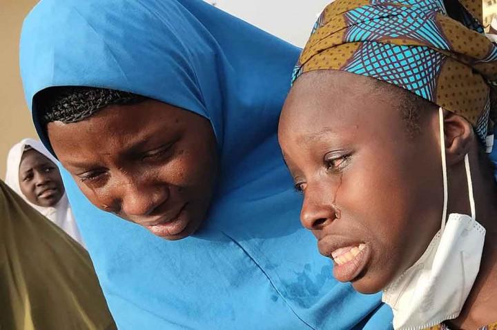 Ratusan Siswi Nigeria yang Dibebsakan Berkumpul Kembali dengan