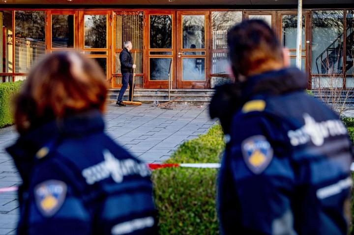 Foto: Ledakan Guncang Gereja di Belanda