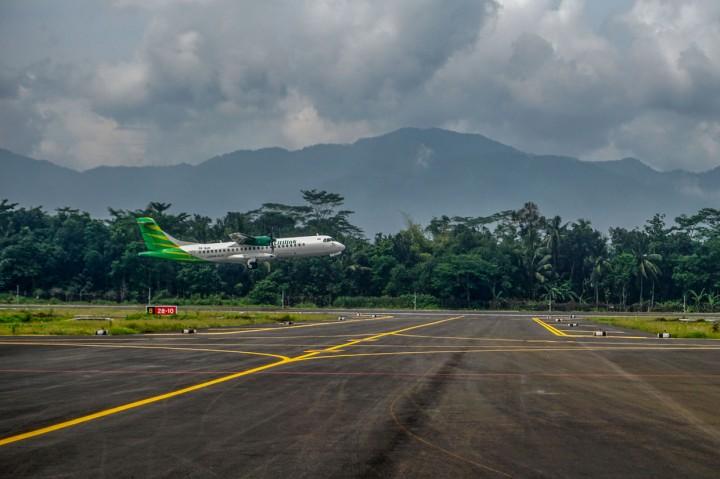 Perdana, Pesawat Citilink Mendarat di Bandara JBS Purbalingga