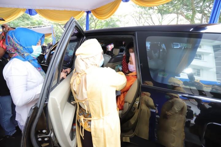 HUT ke-107, Pemkot Malang Luncurkan Vaksinasi Drive Thru untuk