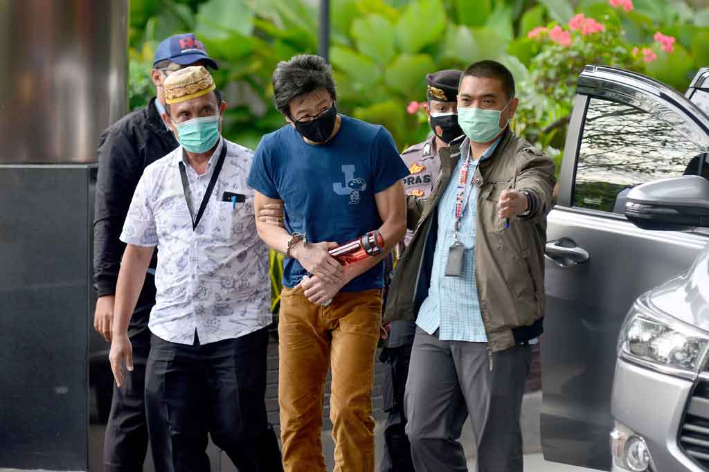 3 Berita Foto Terpopuler: KPK Tangkap Buronan Samin Tan ...