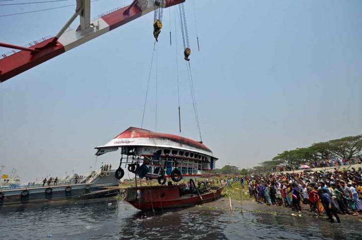 Korban Meninggal Kecelakaan Feri di Bangladesh Jadi 28 Orang