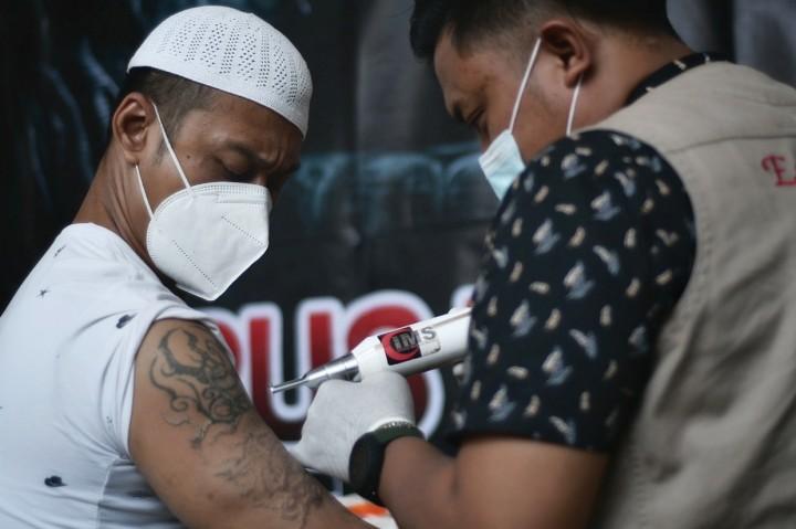 Foto: Baznas DKI Jakarta Gelar Layanan Hapus Tato Gratis di