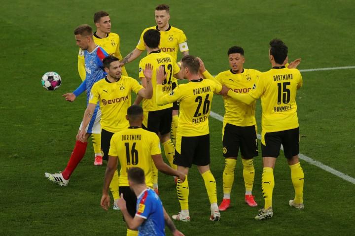 Bungkam Holstein Kiel 5-0, Dortmund ke Final DFB Pokal