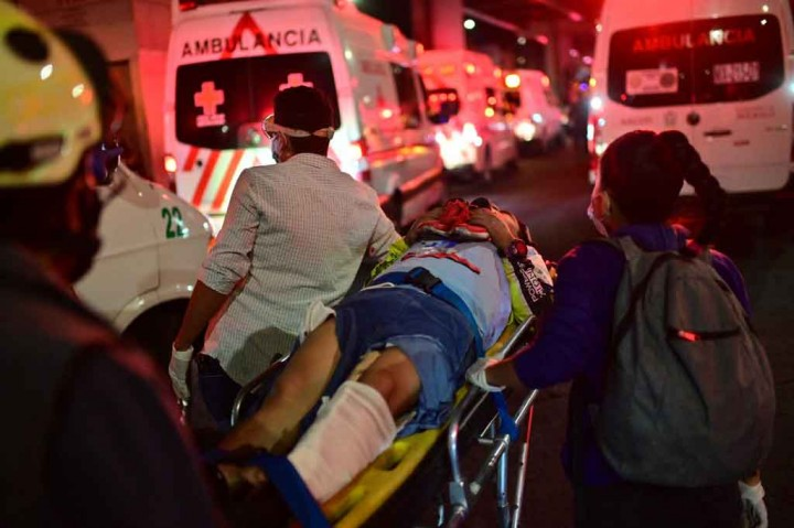 13 Meninggal Dunia dalam Kecelakaan Kereta Metro di Mexico City