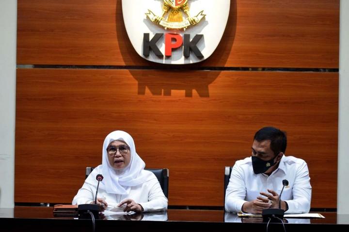 Foto: Bupati Nganjuk Jadi Tersangka Kasus Jual Beli Jabatan