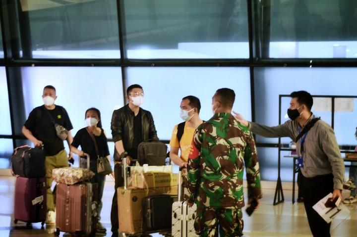 Ratusan WNA Tiongkok Masuk RI, Kemenkumham Klaim Telah Penuhi