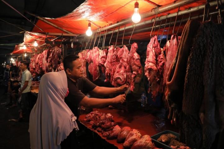3 Berita Foto Terpopuler: Harga Daging Sapi Merangkak Naik