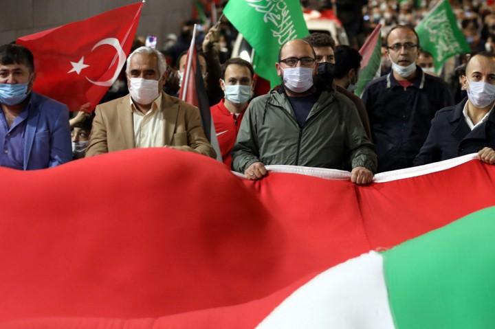 Potret Warga Dunia Bela Palestina di Akhir Ramadan