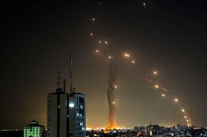 Militer Israel: Lebih dari Seribu Roket Ditembakkan dari Gaza
