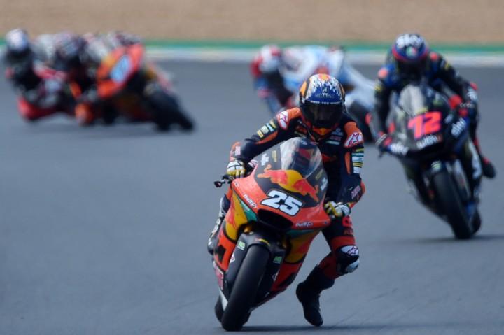Raul Fernandez Juara Moto2 Prancis, Bo Bendsneyder Tembus 5 Besar