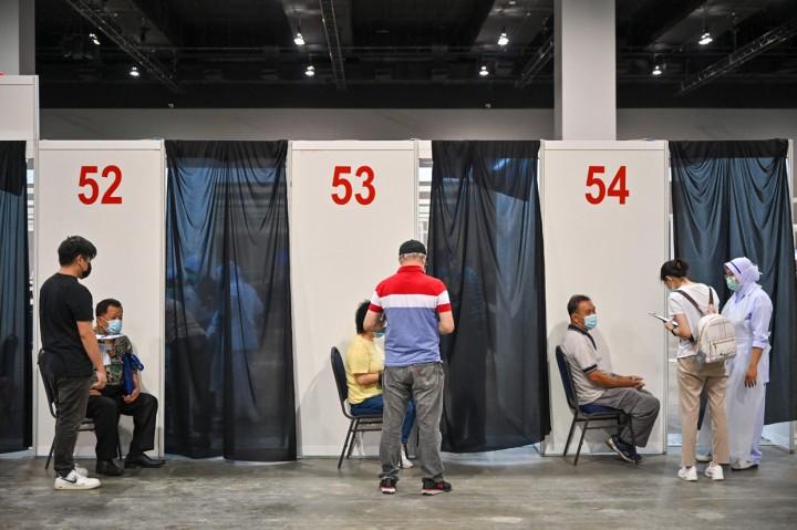 Malaysia Percepat Vaksinasi Covid-19 Sebelum Lockdown
