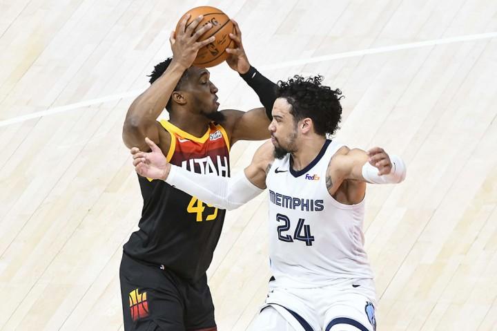 Playoff NBA: Tekuk Grizzlies 126-110, Jazz ke Semifinal Wilayah