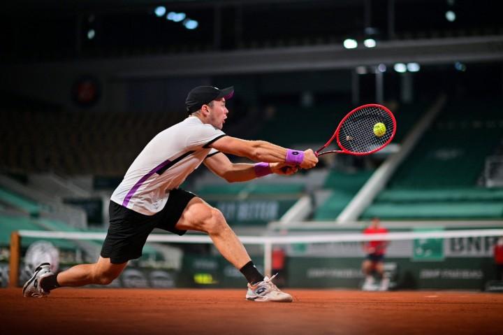 Prancis Terbuka: Roger Federer Susul Nadal dan Djokovic ke Babak