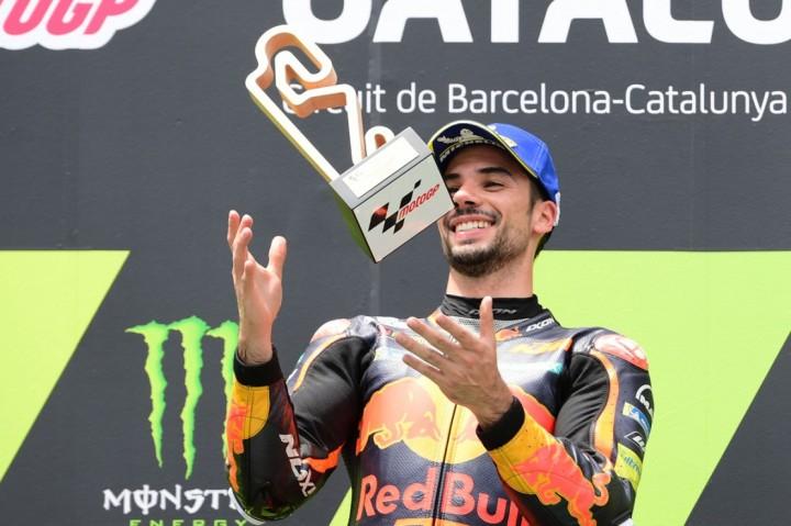 3 Berita Terpopuler Foto: Miguel Oliveira Juara MotoGP Catalunya