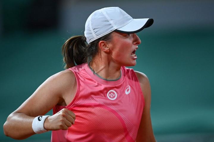 Tenis: Swiatek Pijak Perempat Final Prancis Terbuka