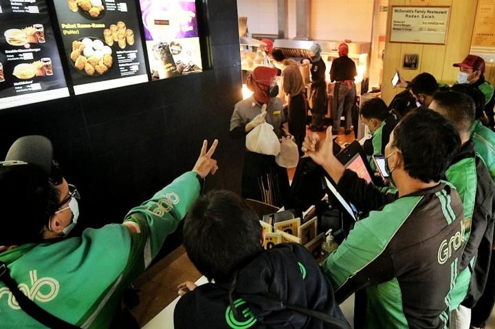Demam BTS Meal, Gerai McDonald's Diserbu Pengemudi Ojol