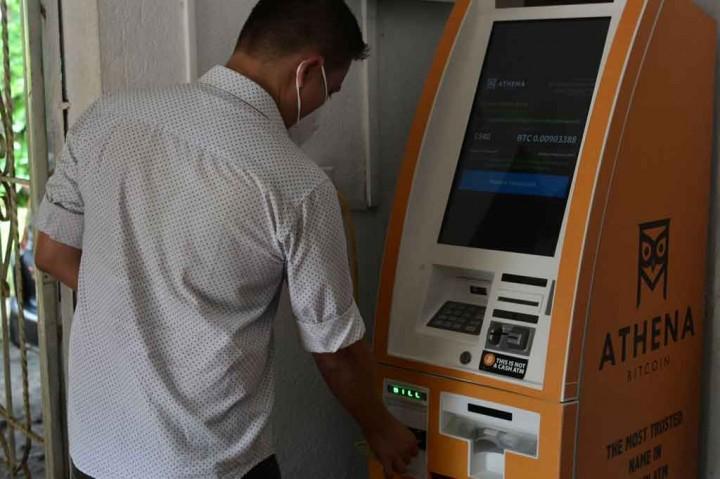 Resmi, El Salvador Gunakan Bitcoin sebagai Alat Pembayaran