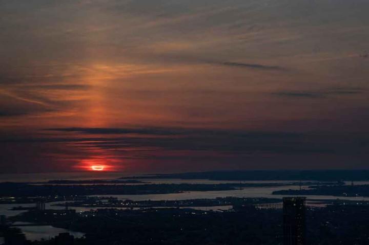 Melihat Gerhana Matahari Cincin yang Menyapu Belahan Bumi Utara