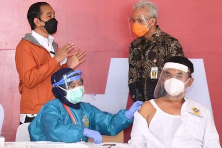 Ke Jateng, Presiden Tinjau Infrastruktur dan Vaksinasi Massal