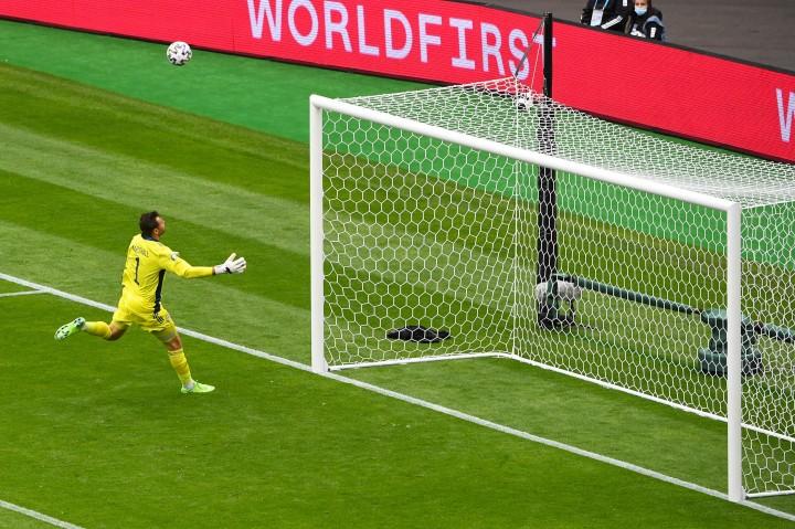 Patrik Schick Pecahkan Rekor Gol Terjauh dalam Sejarah Euro