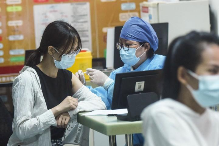 Wow! Tiongkok Telah Suntikkan 1 Miliar Dosis Vaksin Covid-19