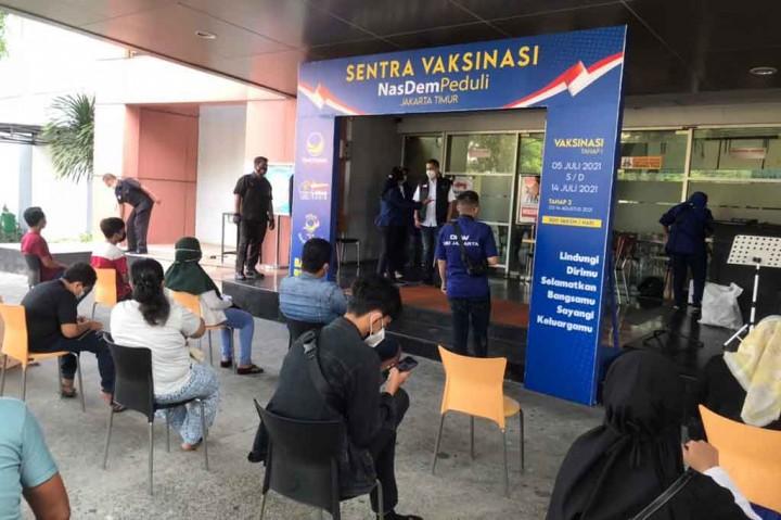 Potret Vaksinasi Massal Partai NasDem di DKI Jakarta