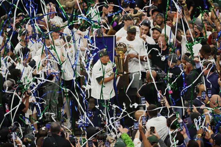 Luar Biasa! Milwaukee Bucks Jadi Juara Baru NBA