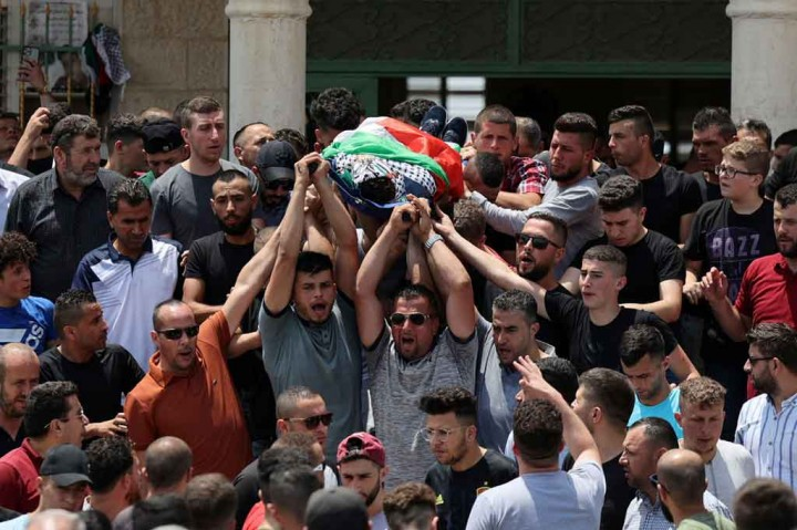 Remaja Palestina Ditembak Mati Saat Bentrok dengan Tentara Israel