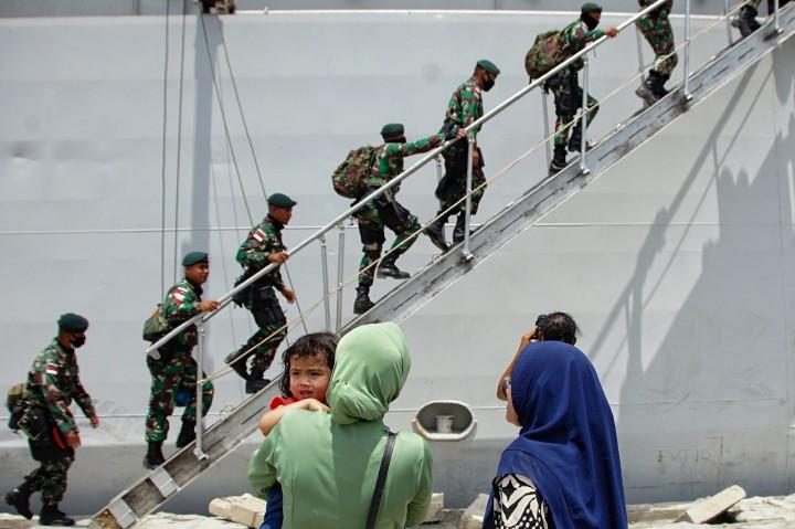 Foto: 450 Pasukan Elite TNI Diberangkatkan ke Papua