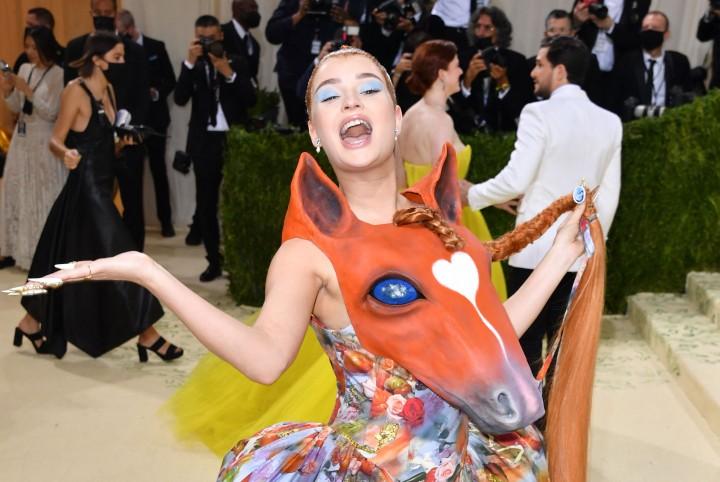 Foto: Sederet Kostum Unik Selebritas di Met Gala 2021