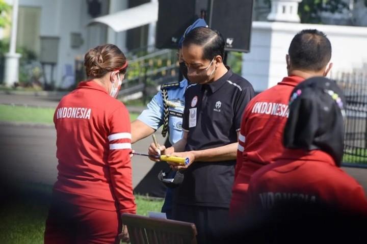 Terpopuler Foto: Jokowi Serahkan Bonus untuk Atlet Paralimpiade