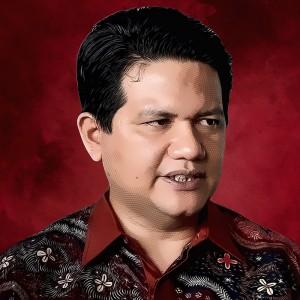 Husni Kamil Manik