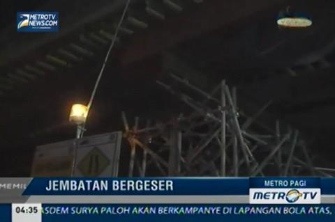 Jembatan Penghubung Pasar Tanah Abang Nyaris Ambruk
