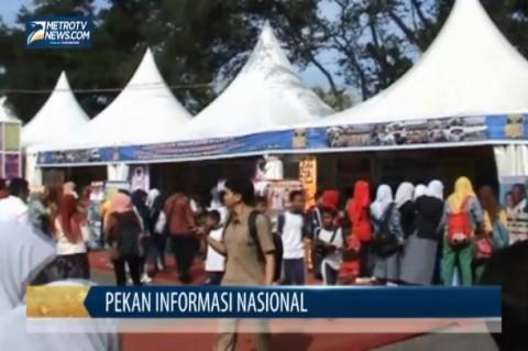 Pekan Informasi Nasional di Padang