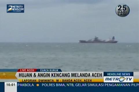 Hujan dan Angin Kencang Melanda Aceh
