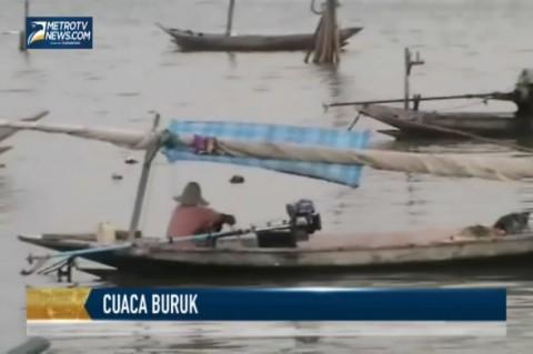 Cuaca Buruk, Nelayan di Kenjeran Berhenti Melaut