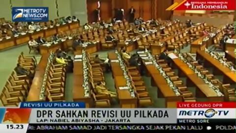 Rapat Paripurna DPR Sahkan Revisi UU Pilkada
