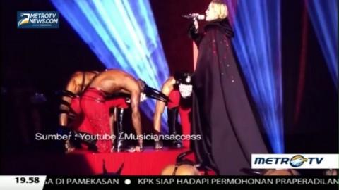 Penampilan Madonna Saat Jatuh di Brit Awards 2015